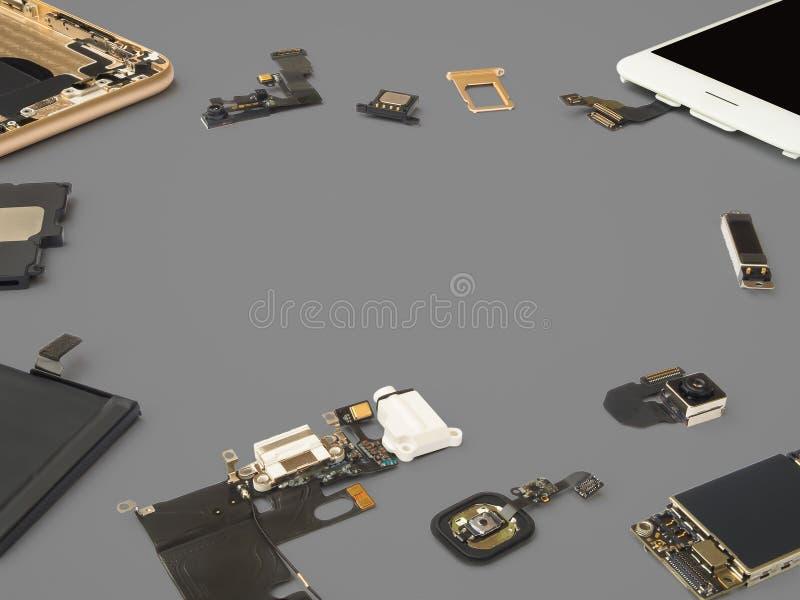 Умный изолят компонентов телефона на серой предпосылке стоковые изображения