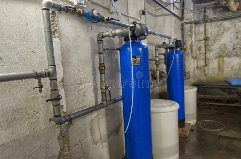 Умягчители воды в кондоминиуме стоковое изображение rf