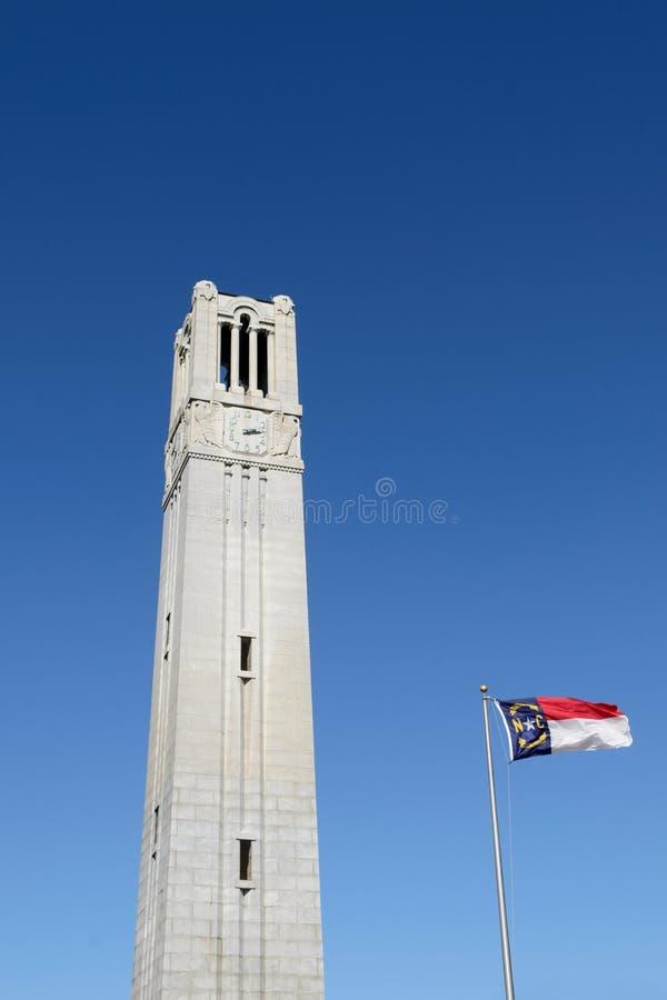 университет башни положения nc колокола стоковые фото