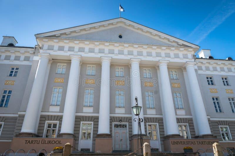 Университет здания Tartu главного в Tartu, Эстонии стоковое фото