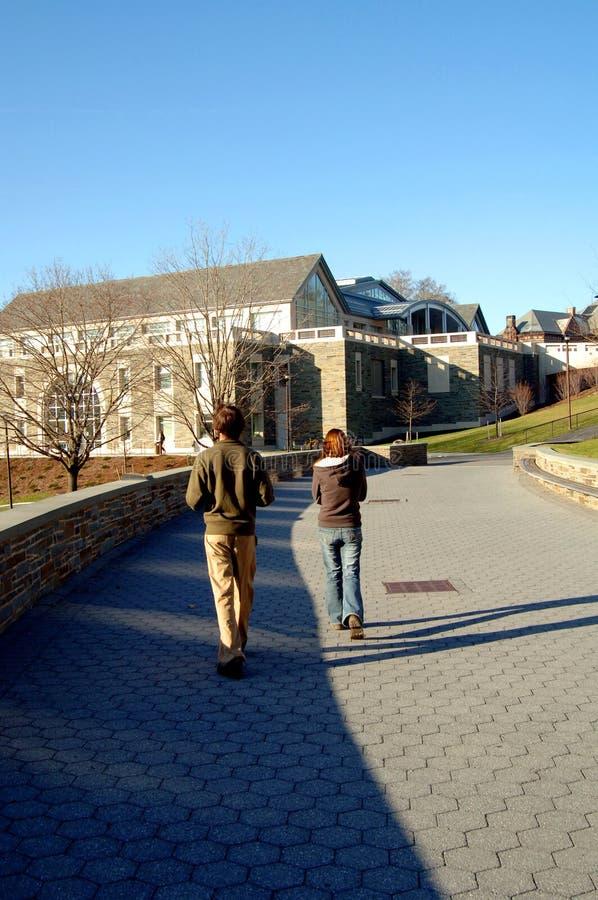 университет кампуса стоковое изображение rf