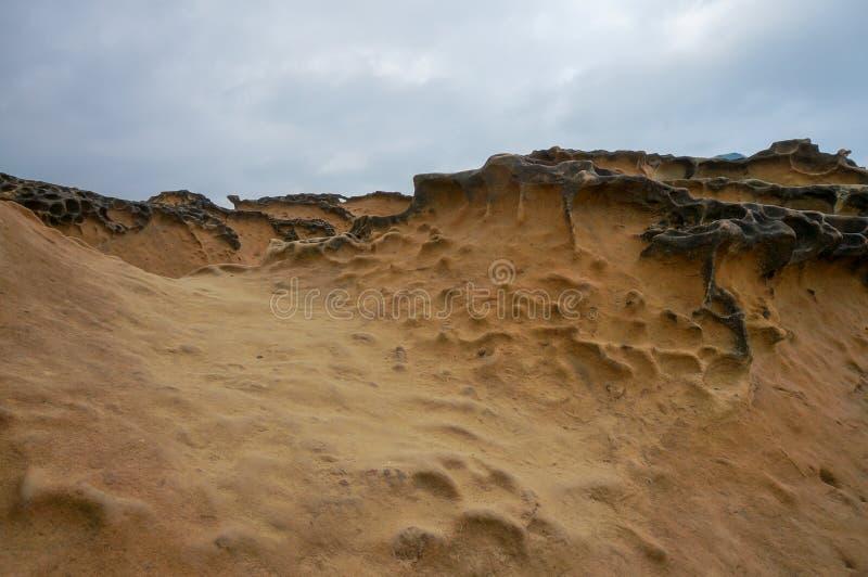 Уникальные геологохимические образования на Yehliu Geopark в Тайване стоковые фото