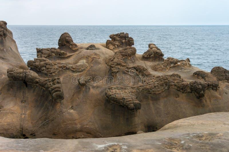 Уникальные геологохимические образования на Yehliu Geopark в Тайване стоковые изображения