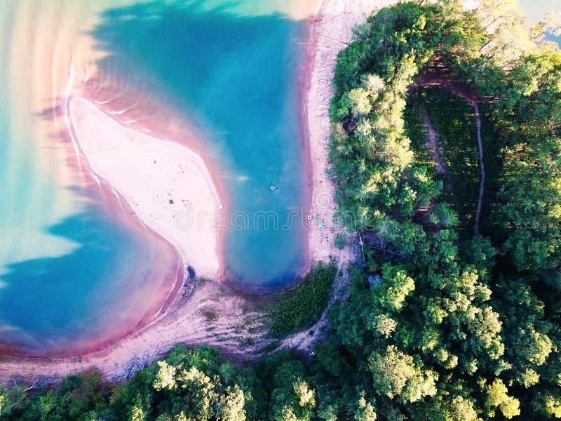 Уникальный вид на озеро Lanier стоковое фото rf
