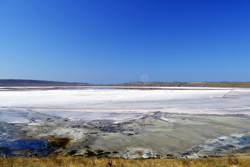 Уникально озеро соли Chokrak стоковые изображения