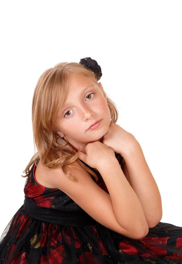 Унылая смотря маленькая девочка стоковые изображения rf