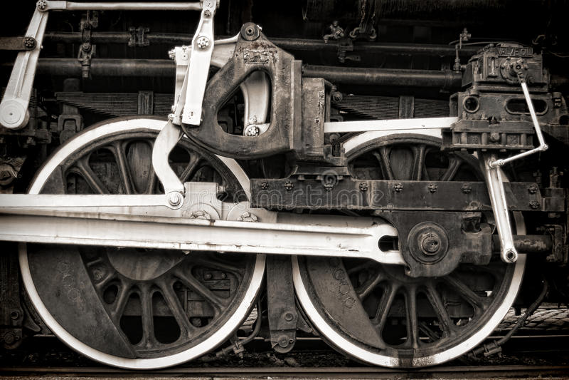 управляйте локомотивными старыми колесами сбора винограда пара штаног стоковые изображения rf