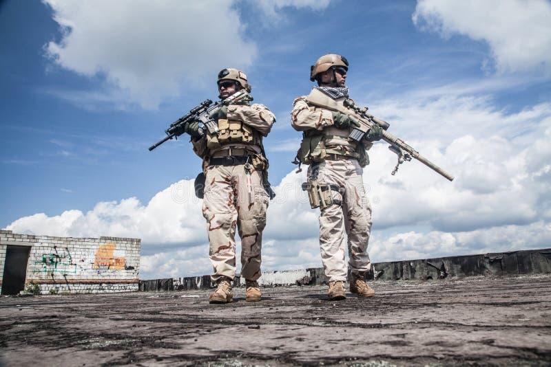 Уплотнения военно-морского флота в действии стоковое изображение rf