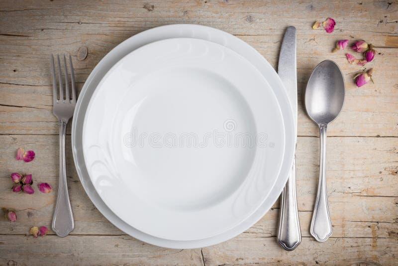 Урегулирование места обедающего в винтажном стиле стоковые фотографии rf