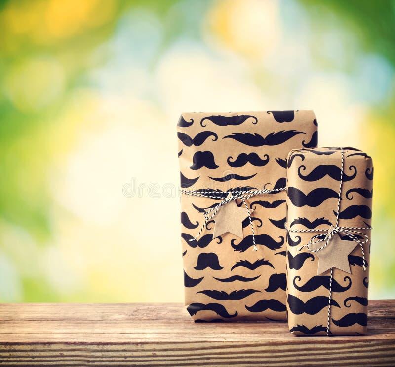 Усик pattered подарочные коробки стоковое изображение