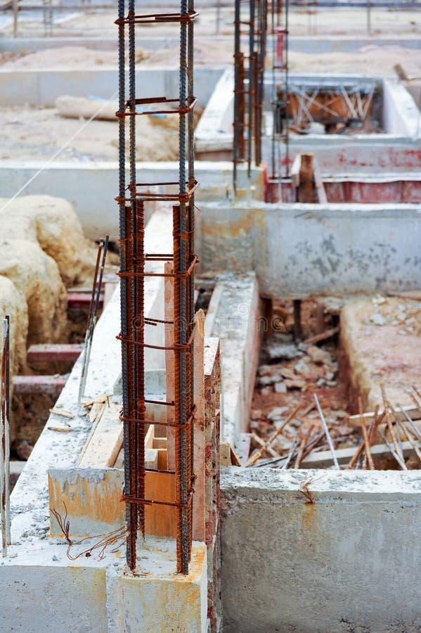 Усильте бетонную конструкцию стоковое изображение rf