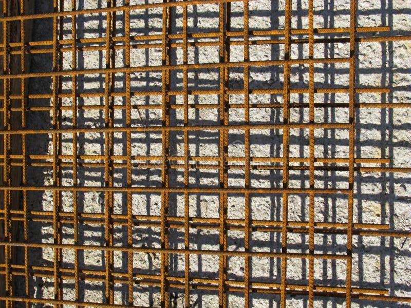 Усильте сталь на строительной площадке стоковые фотографии rf