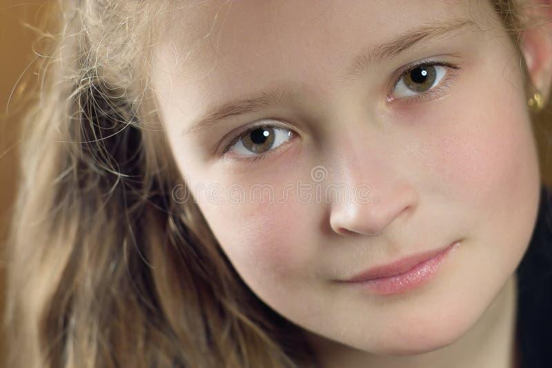 усмехаться девушки стоковое фото rf