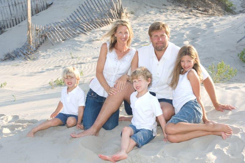 усмехаться семьи стоковые фотографии rf