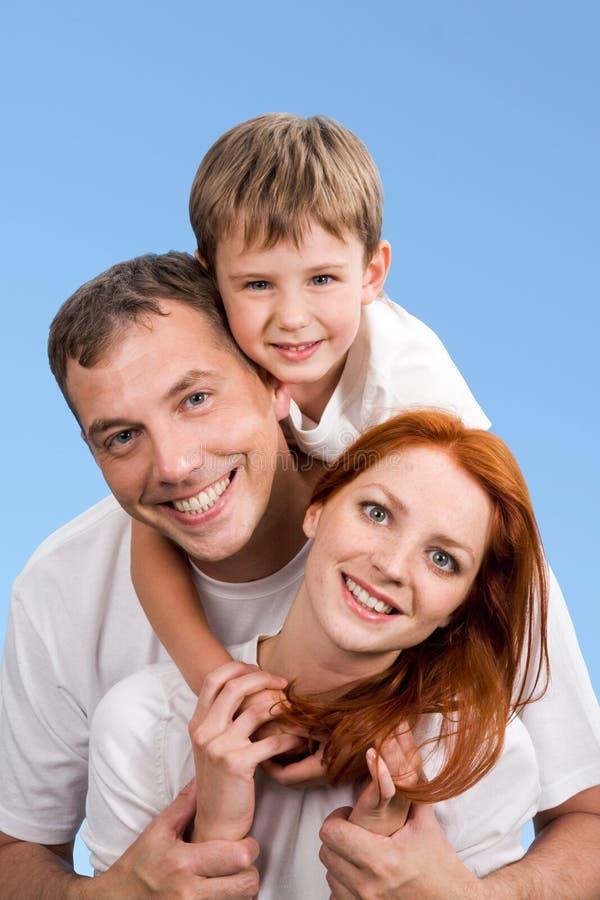 усмехаться семьи стоковое изображение