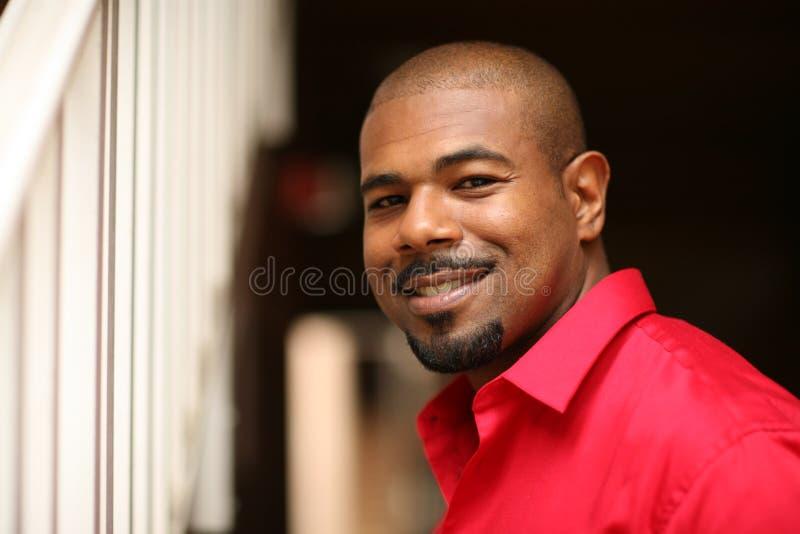 усмехаться человека афроамериканца стоковое фото rf