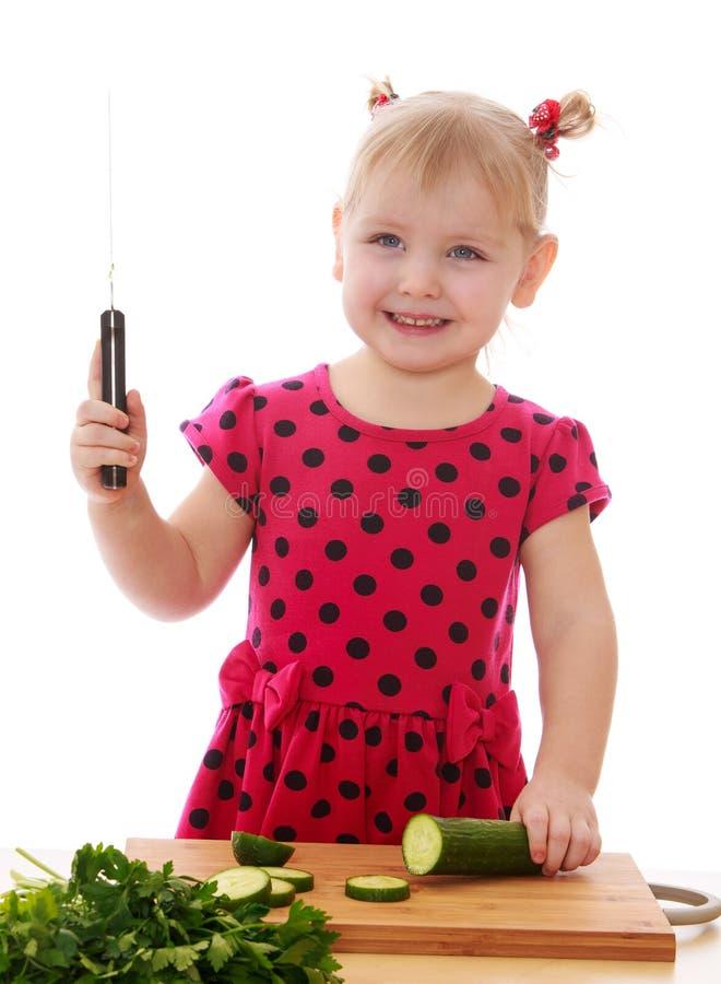 Маленькая девочка с ножом картинки