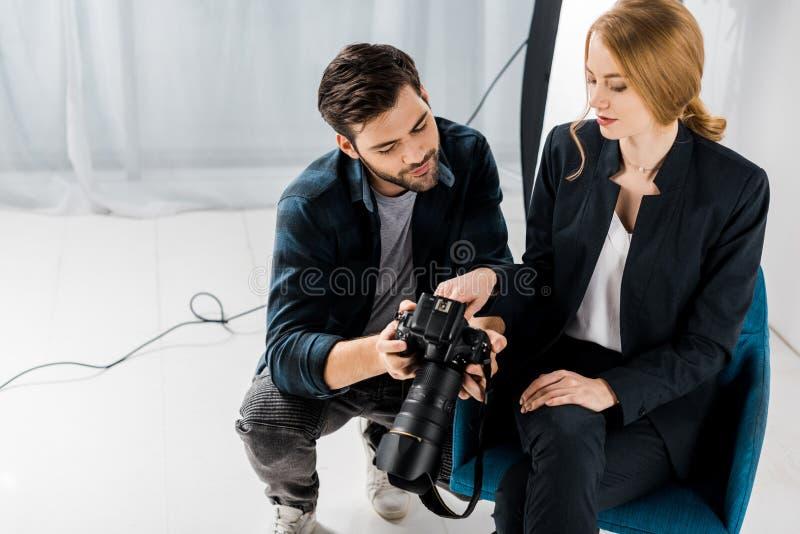 обычай освящать отношения между фотографом и моделью него сворачивать лист