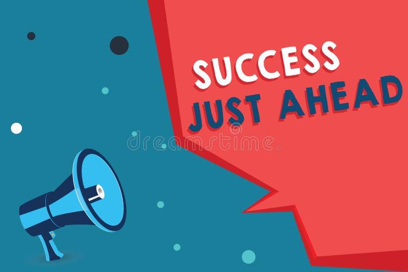 Успех текста сочинительства слова как раз вперед Концепция дела для процесса не событие Envisioned положительный конечный результ стоковая фотография