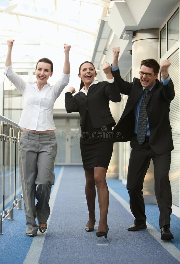 успех 3 людей офиса группы стоковое фото rf