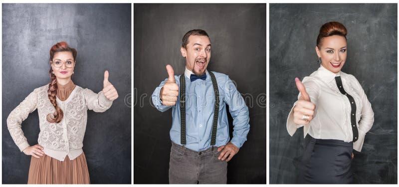 Установите людей показывая большие пальцы руки вверх на классн классном стоковая фотография rf