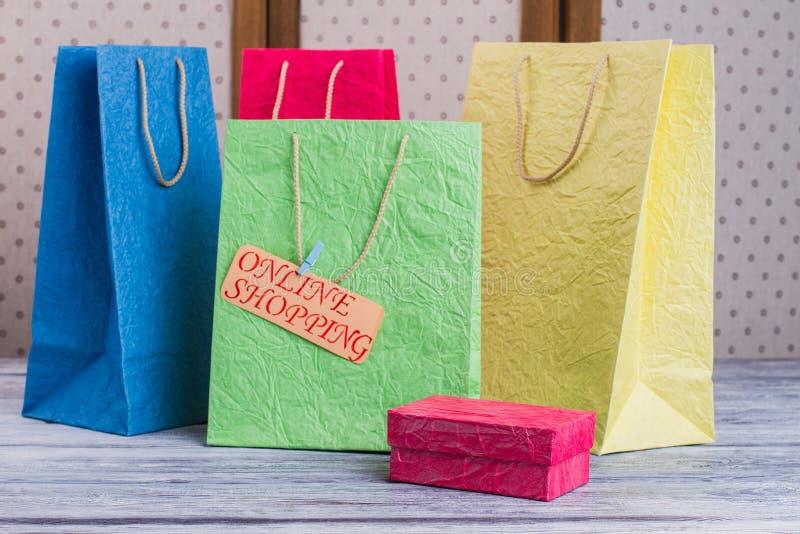 Установите пестротканых хозяйственных сумок стоковые фотографии rf