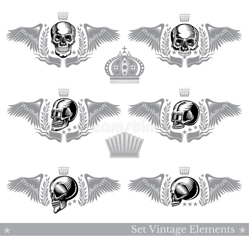 Установите различных черепов с крыльями, венком и винтажным элементом Дизайн вектора heraldic иллюстрация вектора