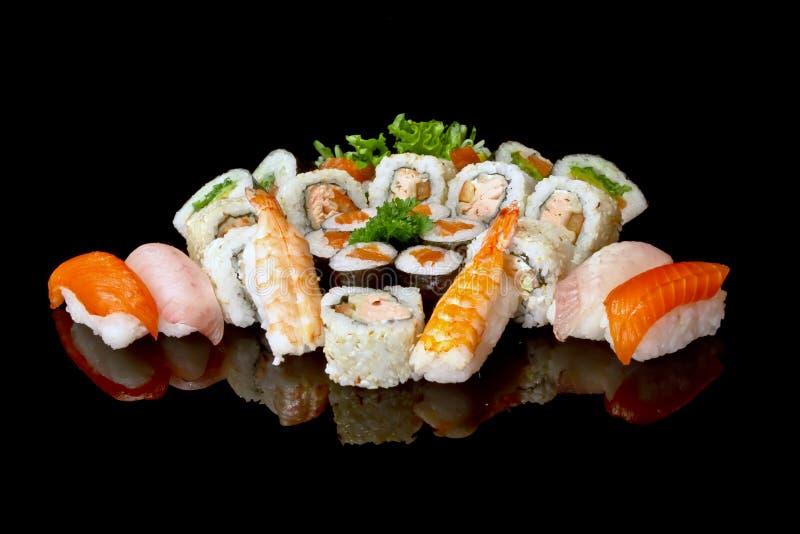 установите суши стоковое изображение rf