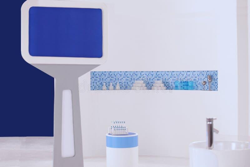 Установка ванной комнаты и монитора для зубоврачебной клиники стоковое изображение rf