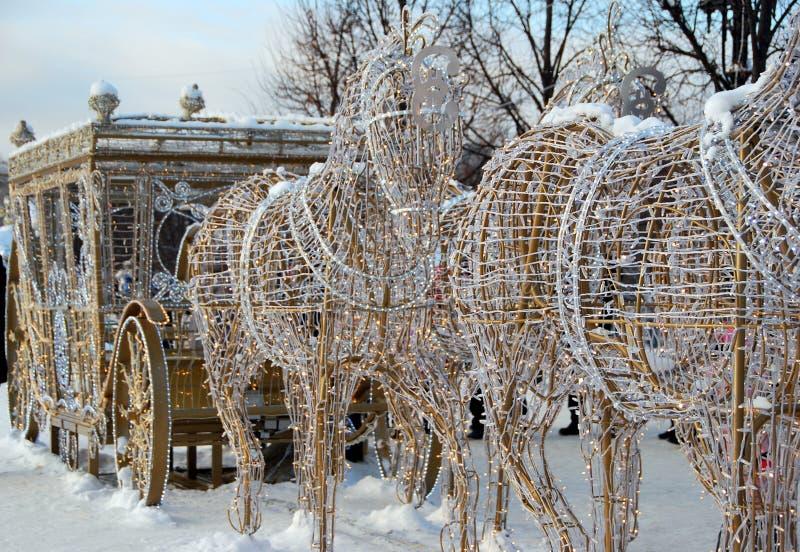 Установка Нового Года в парк в Москве стоковое фото rf