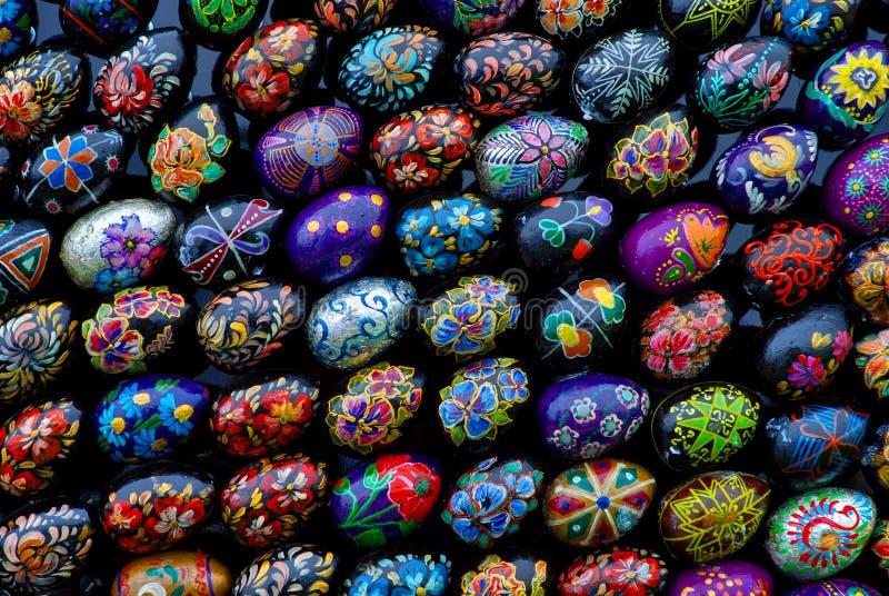 Установка пасхи (группа в составе пасхальные яйца 4) стоковое изображение