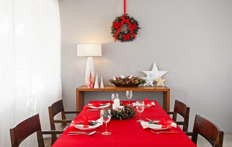 Установка таблицы рождественского ужина стоковая фотография