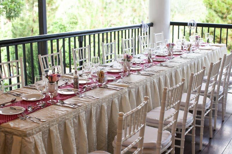 Установка шведского стола свадьбы стоковое фото
