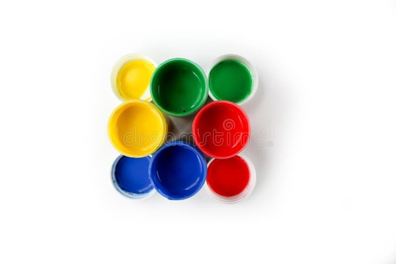 Установленные краски гуаши для детей изолированных на белой предпосылке стоковое изображение