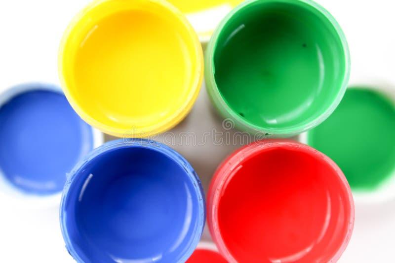 Установленные краски гуаши для детей изолированных на белой предпосылке стоковые фотографии rf