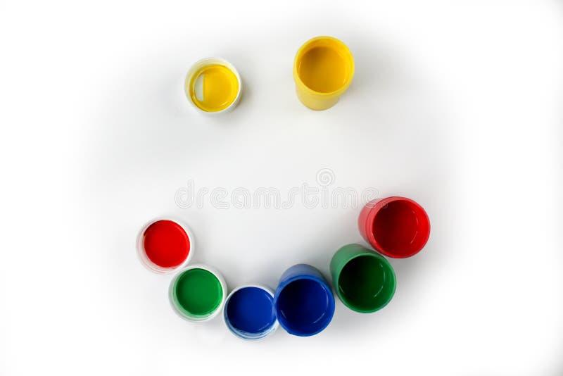 Установленные краски гуаши для детей изолированных на белой предпосылке стоковое изображение rf