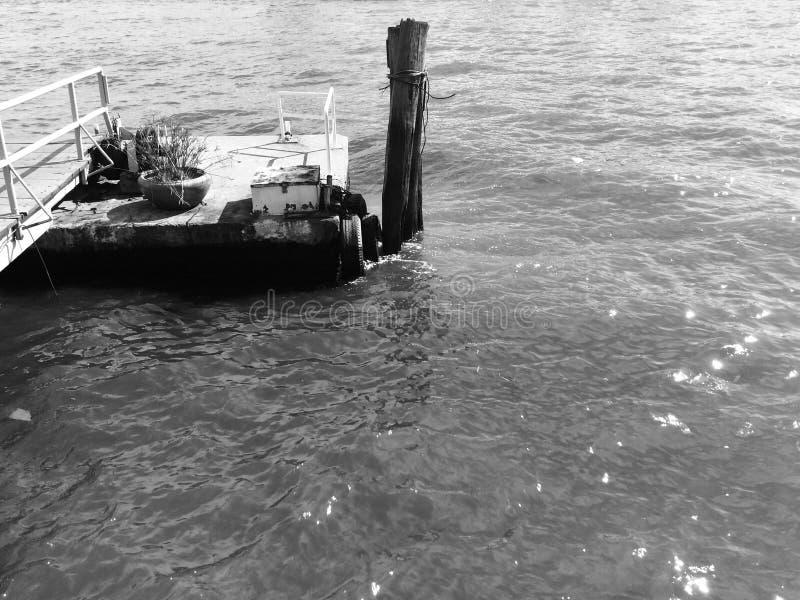 Устарелая пристань стоковое фото rf