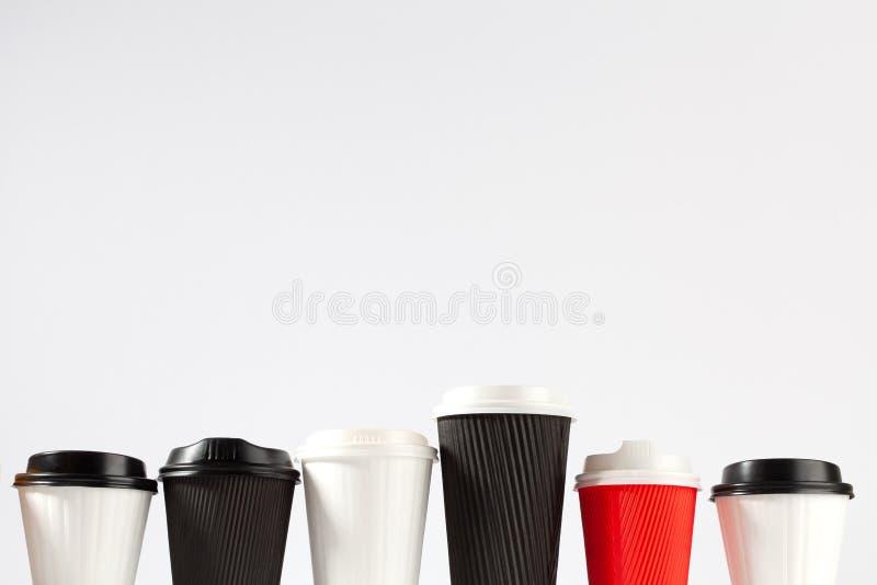 6 устранимых кофейных чашек стоковая фотография rf