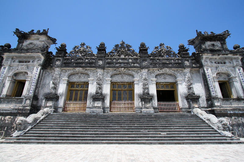 усыпальница Вьетнам императора dinh стоковое изображение