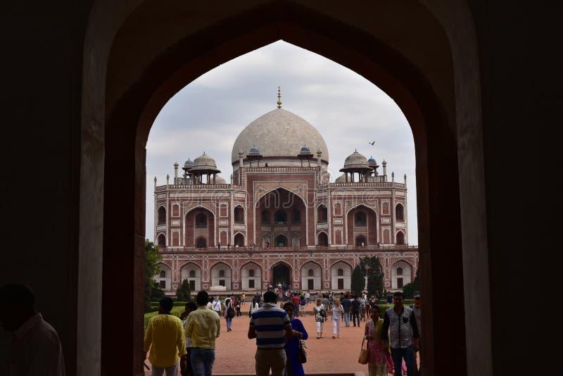 Усыпальница известного Humayun в Дели, Индии Это усыпальница императора Humayun Mughal стоковое изображение