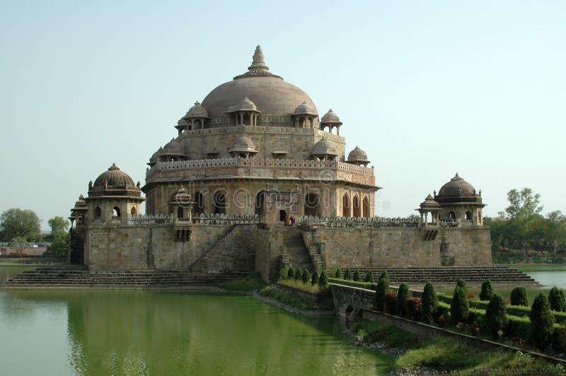 Усыпальница Sher Shah Suri стоковое изображение rf