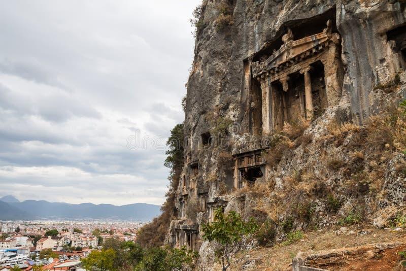 Усыпальницы утеса Lycian - Fethiye, Турция стоковые изображения rf