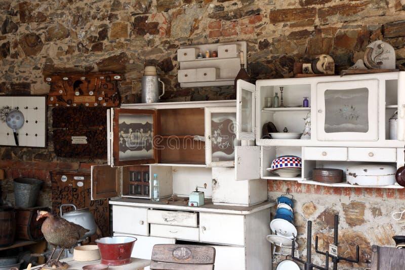 утвари стародедовской кухни старые стоковое изображение rf