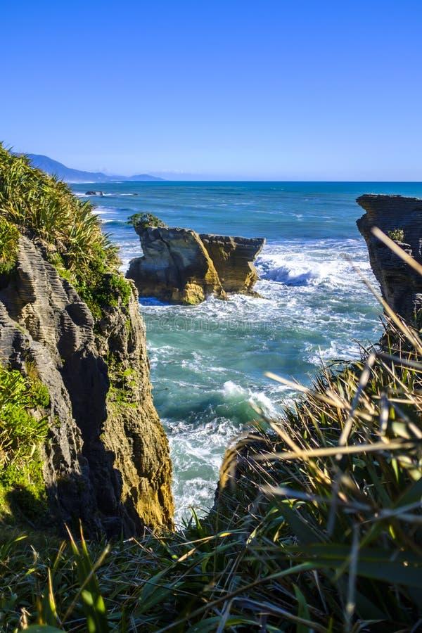 Утесы блинчика в Punakaiki, Новой Зеландии стоковые изображения rf