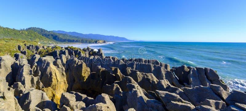 Утесы блинчика в Punakaiki, Новой Зеландии стоковые фотографии rf