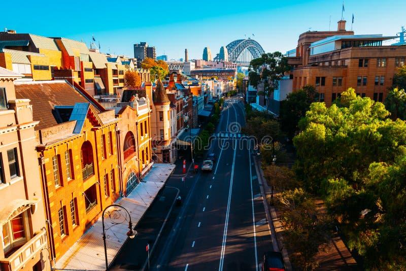 Утесы в круговой набережной, Сиднее, Австралии стоковые изображения rf