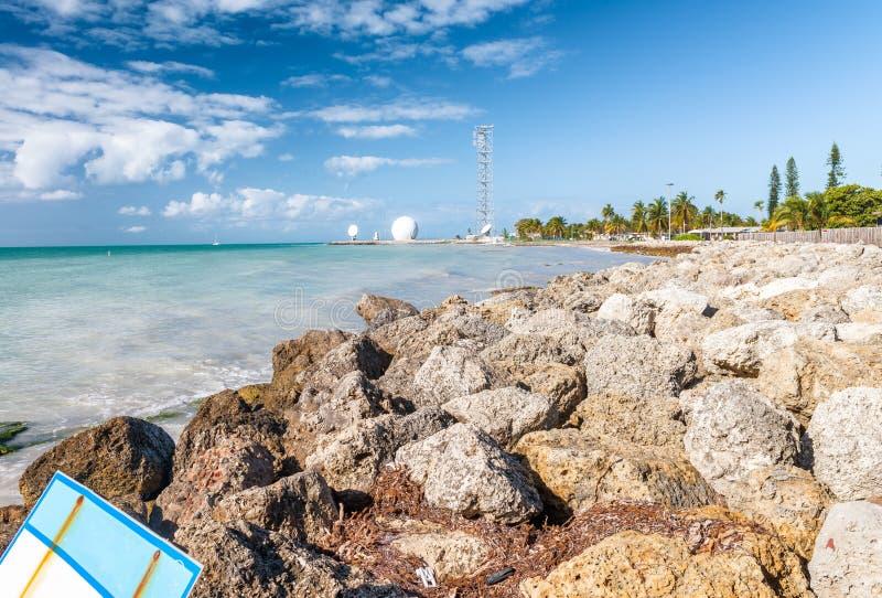 Утесы Key West и океан, Флорида стоковое фото rf