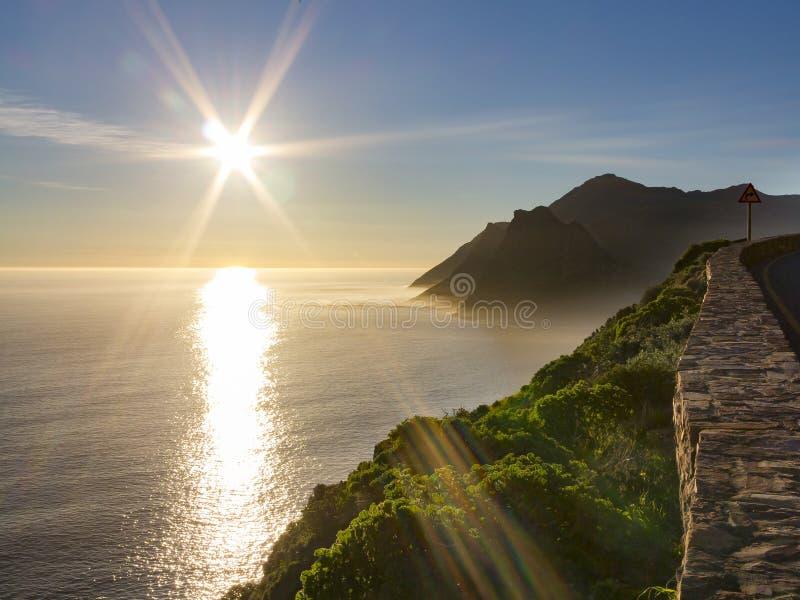 Утес часового защищая залива Hout около Кейптауна, Южной Африки стоковое изображение