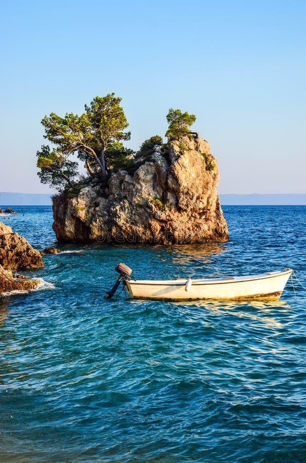 Утес Brela, Хорватия стоковое фото