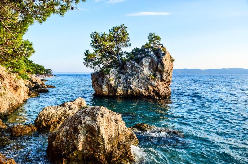 Утес Brela, Хорватия стоковая фотография